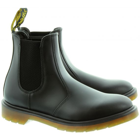 DR MARTENS Leather 2976 Chelsea Boot in Black