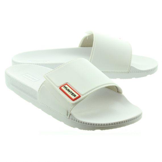 HUNTER Ladies Adjustable Slide Mules In White.