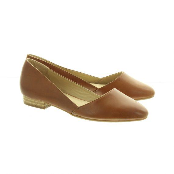 HUSH PUPPIES Ladies Jovanna Flat Shoes In Tan