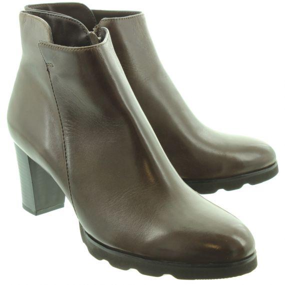 REGARDE LE CIEL Ladies Patricia 01 Heel Ankle Boots In Brown