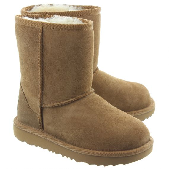 UGG Kids Classic Short 2 Boots In Chestnut