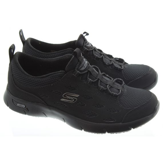 SKECHERS Ladies 104163 Arch Fit Trainers in All Black
