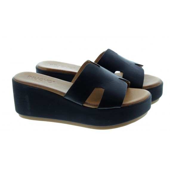 INUOVO Ladies 123039 Wedge Mules In Black