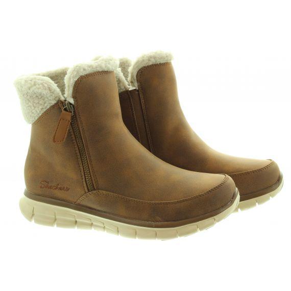 SKECHERS Ladies 44779 Water Repellant Zip Boots In Chestnut