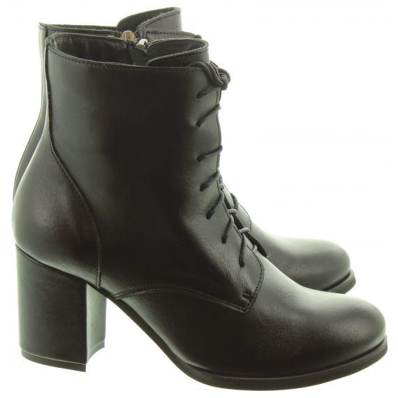 LAN_KARS Ladies Ang07 Heel Lace Ankle Boots In Black