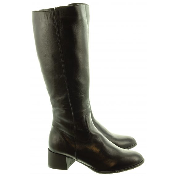 LAN_KARS Ladies Ang27 Knee Boots In Black