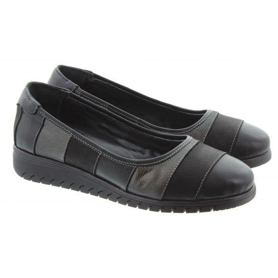 LUNAR Ladies FLE102 Stormy Slip On Shoes In Black