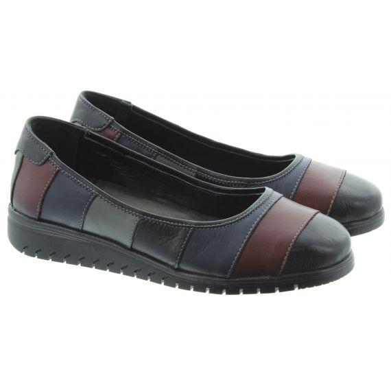 LUNAR Ladies FLE102 Stormy Slip On Shoes In Burgundy