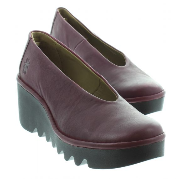 FLY Ladies Fly Beso Wedge Shoe in Wine
