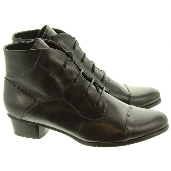 REGARDE LE CIEL Ladies Stefany 123 Ankle Boots In Black